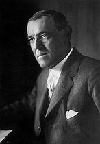 Thomas Woodrow Wilson (1856-1924),  American statesman President of the United States from 1913 to 1921. © US National Archives/Roger-Viollet