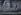 Petite fille passant devant une peinture murale de Fidel Castro (1926-2016), homme d'Etat et révolutionnaire cubain. Cuba, 5 février 1998. © Les Stone / The Image Works / Roger-Viollet