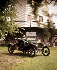 """Ford Modèle """"T"""", 1910. Ce modèle T fut lancé par Henry Ford en 1909, elle fut fabriquée en masse par les usines Ford à Détroit (Michigan). © TopFoto / Roger-Viollet"""