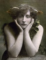 "Colette (1873-1954), French writer, disguised as a ""little faun"". © Roger-Viollet"