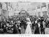 E. La Grange. Le Hall des Folies-Bergère, à Paris, la nuit. © Neurdein / Roger-Viollet