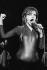 Nina Hagen (née en 1955), chanteuse allemande, lors d'un concert à la Stadthalle. Braunschweig (Allemagne), 17 avril 1979.  © Ullstein Bild / Roger-Viollet