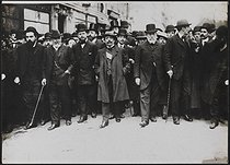 Parade of French socialist deputies during the funeral of Jean Jaurès (1859-1914), French politician. Paris, on August 4, 1914. © Albert Harlingue/Roger-Viollet