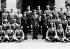 Tchang Kai-Chek (au centre, Jiang Jieshi, 1887-1975), général et homme d'Etat chinois, lors d'une remise d'épée à l'Académie militaire centrale de Shanghaï. © Roger-Viollet