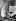 Raoul Dufy (1877-1953), peintre, dessinateur et graveur français, dans son atelier. 1937. © Laure Albin Guillot / Roger-Viollet