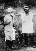 Camille Pissarro (1830-1903) and Paul Cézanne (1839-1906), French painters. © Roger-Viollet