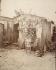Album des fortifications : porte de Montreuil.  Paris, XXème arrondissement. Photographie d'Eugène Atget (1857-1927). Paris, musée Carnavalet. © Eugène Atget / Musée Carnavalet / Roger-Viollet