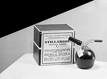 "Advertising study for the ""Stillargol"", intranasal and eye drop instillations, from the Laboratoires Mayloy-Spindler. Paris, 1936. © Laure Albin Guillot / Roger-Viollet"