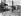 """""""Les Oiseaux"""" (The Birds), film d'Alfred Hitchcock tiré de la nouvelle de Daphné Du Maurier. Tippi Hedren et Rod Taylor. Etats-Unis, 1963.         © TopFoto / Roger-Viollet"""