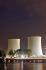 Tours de refroidissement de la centrale nucléaire de Biblis (Allemagne), 4 octobre 2010. © Ullstein Bild/Roger-Viollet