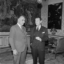 Georges Pompidou (1911-1974), President of the French Republic, and Albin Chalandon (1920-2020), French senior official, banker and politician. Paris, circa 1970. © Jacques Cuinières / Roger-Viollet