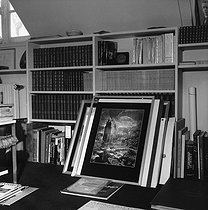Study of François Mitterrand (1916-1996), French politician, at his home. Paris, March 1978. © Kathleen Blumenfeld/Roger-Viollet