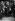 Crise ministérielle. Raymond Poincaré (1860-1934), homme politique français, entouré de journalistes à sa sortie de l'Elysée. Paris, 23 juillet 1926.   © Roger-Viollet