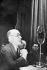 """André Gide (1869-1951), Heinrich Mann et Koltzov, journaliste de """"La Pravda"""". Premier Congrès international des écrivains """"Défense de la culture"""". Paris, Palais de la Mutualité, juin 1935. © Roger-Viollet"""