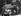 Printemps de Prague. Entrée des troupes du pacte de Varsovie en Tchécoslovaquie. Char soviétique en flammes. Prague, 21 août 1968. © Ullstein Bild / Roger-Viollet