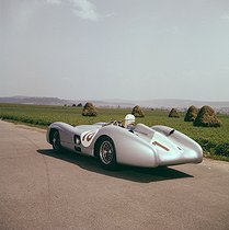 Mercedes W196 Silver Arrow  car that Fangio drove on the Rheims circuit in 1954. © Roger-Viollet
