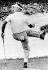 Arnold Palmer (1929-2016), joueur de golf américain, lors d'un tournoi de Masters de golf. Augusta (Géorgie, Etats-Unis), 14 avril 1964. © TopFoto / Roger-Viollet