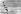 John Glenn (1921-2016), astronaute, pilote de chasse et homme politique américain, faisant du ski nautique avec Jackie Kennedy (1929-1994), épouse de John Fitzgerald Kennedy (1917-1963), président des Etats-Unis, 24 juillet 1962. © TopFoto / Roger-Viollet