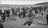 La plage à l'heure du bain. Deauville (Calvados), entre 1912 et 1920. © CAP / Roger-Viollet