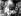 Francis Bacon (1909-1992), peintre britannique, dans son atelier, 1972.   © TopFoto/Roger-Viollet