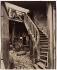 """""""La zone des fortifications, porte d'Asnières, cité Trébert, 17ème arrondissement"""", 1913. Photographie d'Eugène Atget (1857-1927). Paris, musée Carnavalet. © Eugène Atget / Musée Carnavalet / Roger-Viollet"""