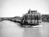 Usines Renault dans l'île Seguin à Boulogne-Billancourt (Hauts-de-Seine).    © Roger-Viollet