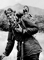 20 July 1919 (100 years ago) : Birth of Edmund Hillary (1919-2008), New Zealand mountaineer and explorer