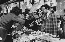 "Gisèle Halimi (1927-2020), Tunisian-born French lawyer, feminist activist and politician, candidate for the 15th arrondissement, during the election campaign of the Women's Common Programme of ""Choisir"". Marché Commerce-Dupleix. Paris (XVth arrondissement), February 26th, 1978. Photograph by Janine Niepce (1921-2007). © Janine Niepce / Roger-Viollet"