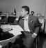 Henri Salvador (1917-2008), chanteur français. Paris, 1954.    © Roger Berson/Roger-Viollet