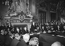 Signing of the treaty instituting the European Defense Community (EDC) at the Quai d'Orsay. Speech of Robert Schuman. On the left: Konrad Adenauer. Paris, on May 27, 1952.  © Roger-Viollet