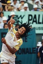 June 5, 1983 (35 years ago) : Yannick Noah (born in 1960) wins the French Open at Roland Garros