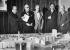 Comité de l'exposition internationale d'architecture. Helmut Klawonn, Walter Gropius, Le Corbusier, Schwedler, Otto Bartning. Berlin, septembre 1957. © Ullstein Bild / Roger-Viollet