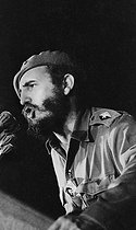 Fidel Castro (1926-2016), Cuban revolutionary and statesman, making a speech on the Plaza de la Revolución. Havana (Cuba), 1962. © Gilberto Ante/Roger-Viollet