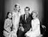 Richard Nixon (1913-1994), ancien homme d'Etat américain, entouré de sa femme Pat (1912-1993) et de leurs filles Julie (né en 1948) et Tricia (né en 1946). Etats-Unis, vers 1965. © Underwood Archives/The Image Works/Roger-Viollet