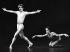 Rudolf Noureev et Jean Guizerix (à droite) participant à un gala. Opéra de Berlin (Allemagne), 22 janvier 1979.  © Ullstein Bild/Roger-Viollet