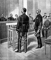 The Dreyfus affair. The trial in Rennes. 1899. Confrontation between the Captain Lebrun-Renaud and the Commandant Forzinetti about the confessions of the Captain Dreyfus. Drawing by Tofani. © Roger-Viollet