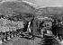 Guerre 1939-1945. Le général De Gaulle et la comtesse Leila du Luart (1898-1985) inspectant un bataillon chirurgical mobile de campagne sur le front italien. Mars 1944.      © Roger-Viollet