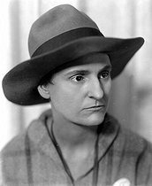 Sylvia Beach (1887-1962), American publisher and bookseller. © Henri Martinie / Roger-Viollet