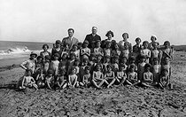 Holiday camp, about 1925. © Roger-Viollet