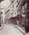 Vieille maison, 5, rue Cardinale. Paris (VIème arrondissement), 1910. Photographie d'Eugène Atget (1857-1927). Paris, musée Carnavalet. © Eugène Atget / Musée Carnavalet / Roger-Viollet