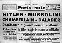 "Accords de Munich. ""Paris-Soir"", 28-29 septembre 1938.  © Roger-Viollet"