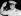Gamal Abdel Nasser (1918-1970), premier ministre égyptien, chef du conseil révolutionnaire, saluant en uniforme, après l'exclusion du général Mohammed Naguib du conseil révolutionnaire. Novembre 1954. © Ullstein Bild / Roger-Viollet