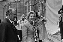 Margaret Thatcher (1925-2013), British Prime Minister, greeted at the Elysee Palace by Valéry Giscard d'Estaing (born in in 1926), President of  the French Republic. Paris. © Jacques Cuinières / Roger-Viollet