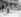 Insurrection de Pâques 1916. Soldats de l'armée britannique cuisinant dans la rue. Dublin (République d'Irlande).  © TopFoto / Roger-Viollet