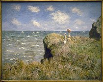 "Claude Monet (1840-1926). ""Promenade sur la falaise à Pourville"", 1882. Chicago, Art Institute. © Roger-Viollet"