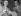 James Joyce (1882-1941), écrivain irlandais, et Philippe Soupault (1897-1990), poète français. Paris, avril 1931. © Ullstein Bild/Roger-Viollet