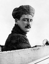 Roland Garros (1888-1918), French aviator and fighter pilot who first crossed the Mediterranean Sea on September 23, 1913, from Saint-Raphaël to Bizerte.  © Albert Harlingue / Roger-Viollet