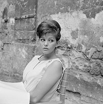 """Les lions sont lâchés"", film by Henri Verneuil. Claudia Cardinale. France, on January 24, 1961.  © Alain Adler / Roger-Viollet"