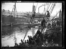 "World War I. Arrival of the first US military contingents in Saint-Nazaire (France), late June 1917. Photograph published in the newspaper ""Excelsior"" of Sunday, July 1st, 1917. © Excelsior – L'Equipe/Roger-Viollet"