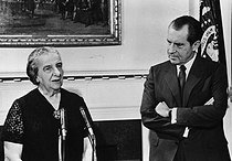 Richard Nixon (1913-1994), President of the United States and Golda Meir (1898-1978), Israeli Foreign Secretary. © Roger-Viollet